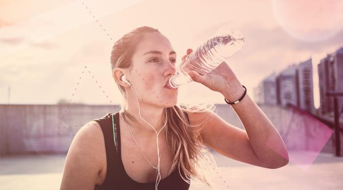 Tomar agua ayuda adelgazar y
